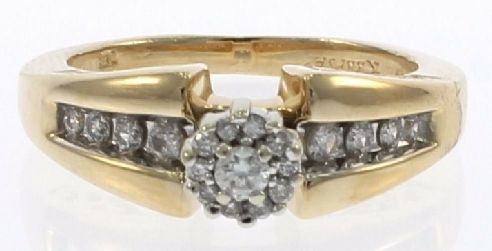 Genuine Diamond Ladies Engagement Ring in 14 kt Yellow gold