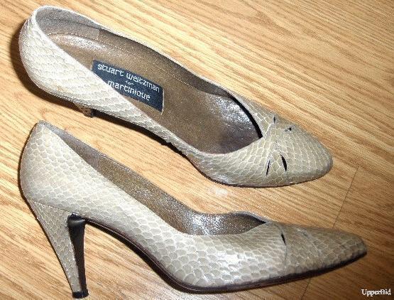 Vintage pointed toe STUART WEITZMAN taupe beige SNAKE skin python PUMPS heel 8.5