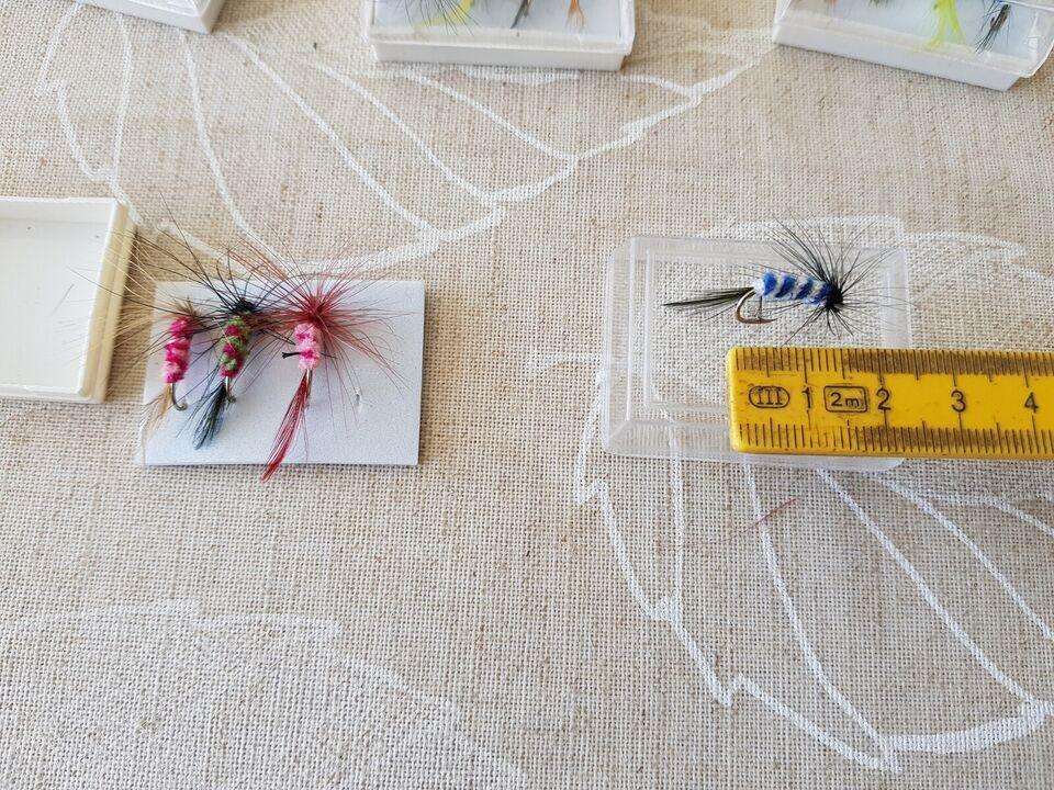 Fluer, Fluer til Fluefiskeri, længde på krog ca 1,5cm.