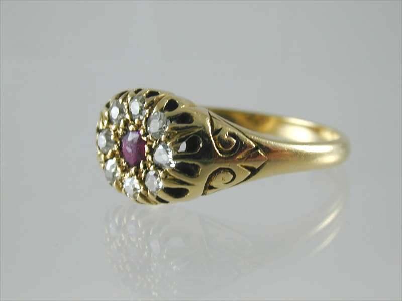 Antico Vittoriano Rubino E Diamante Grappolo Anello intorno intorno intorno al 1880 taglia  Q  5.2 GRAMMI f83483