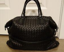 100% Authentic  Bottega Veneta Intrecciato Convertible Bag in Nero Nappa Leather
