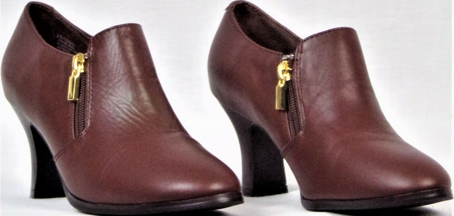 AJ VALENCI size 6M brown mid-heel booties leather uppers