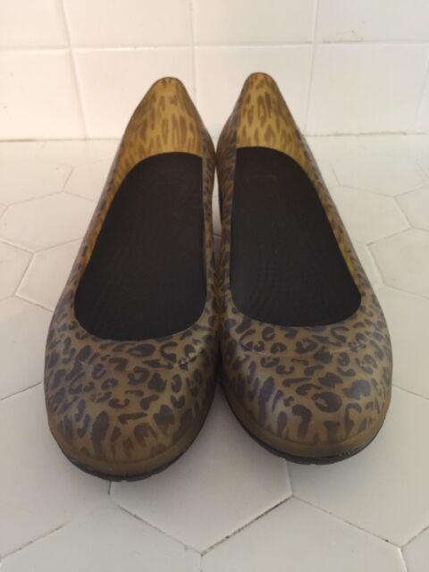 46a106fb4956 Crocs Pumps Loafers Carlisa ANIMAL Print Low Wedge Rubber Slip On Womens SZ  7