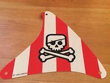 LEGO sailbb33 @@ Cloth Sail Triangular Red Stripes, Crossbones Pattern 7075