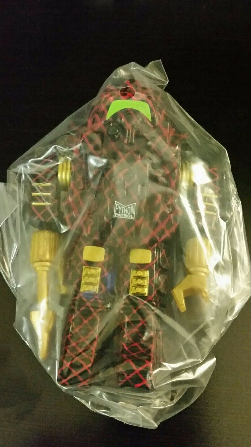 PYTHON SNAKE ARMOR Gi joe convention 2018 exclusive MISB