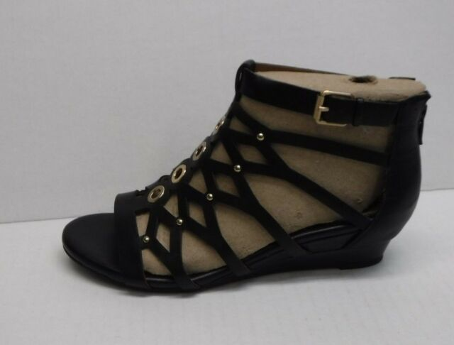 fe3dd3d11372 Sofft Size 7.5 Black Leather Sandals New Womens Shoes
