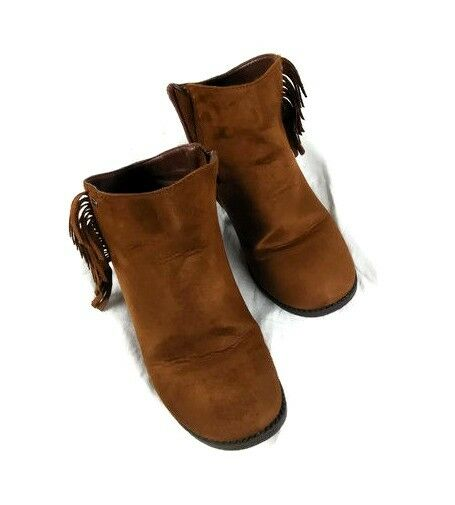 Tahari Brown Suede Flat Ankle Boots shoes Size 5 Side Zipper Tassels Leather