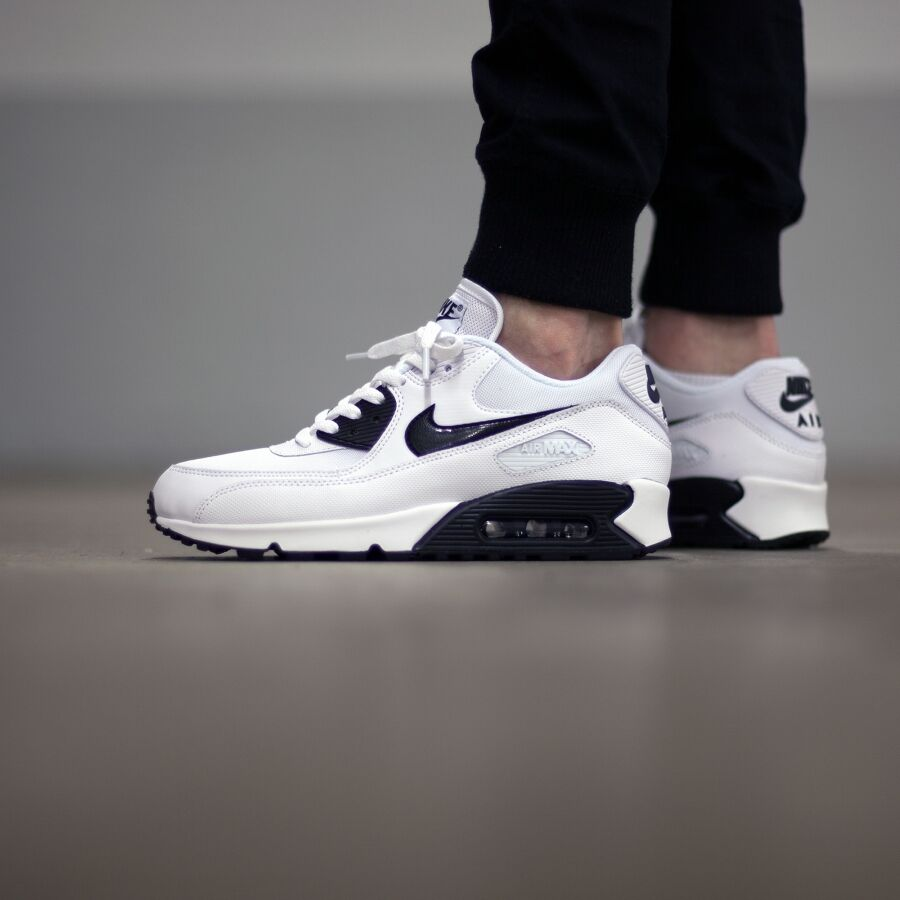 best service c1d4e f6ef7 Nike Air Max 90 Essential Size 9 Black White 616730-110 Womens Running Shoes  for sale online   eBay