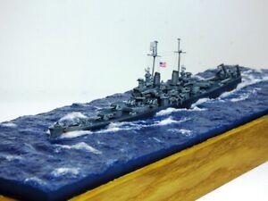 Professionnellement conçu et peinture, USS Baltimore CA-68 Trompette 1/700.
