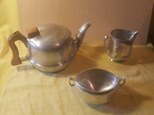 PIQUOT-England-Table-Ware-Tea-Pot-Milk-Jug-Sugar-Bowl-3-Piece-Set