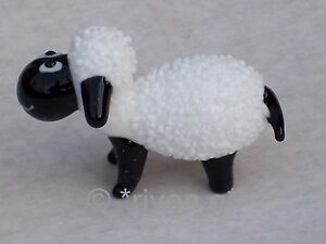 SHEEP-ORNAMENT-Glass-Ornament-Collectable-Gift-Black-amp-White-FARM-Animal-WOOLLY