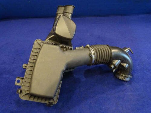 15 16 17 18 MUSTANG 5.0L AIR CLEANER ASSEMBLY INTAKE TUBE NICE USED