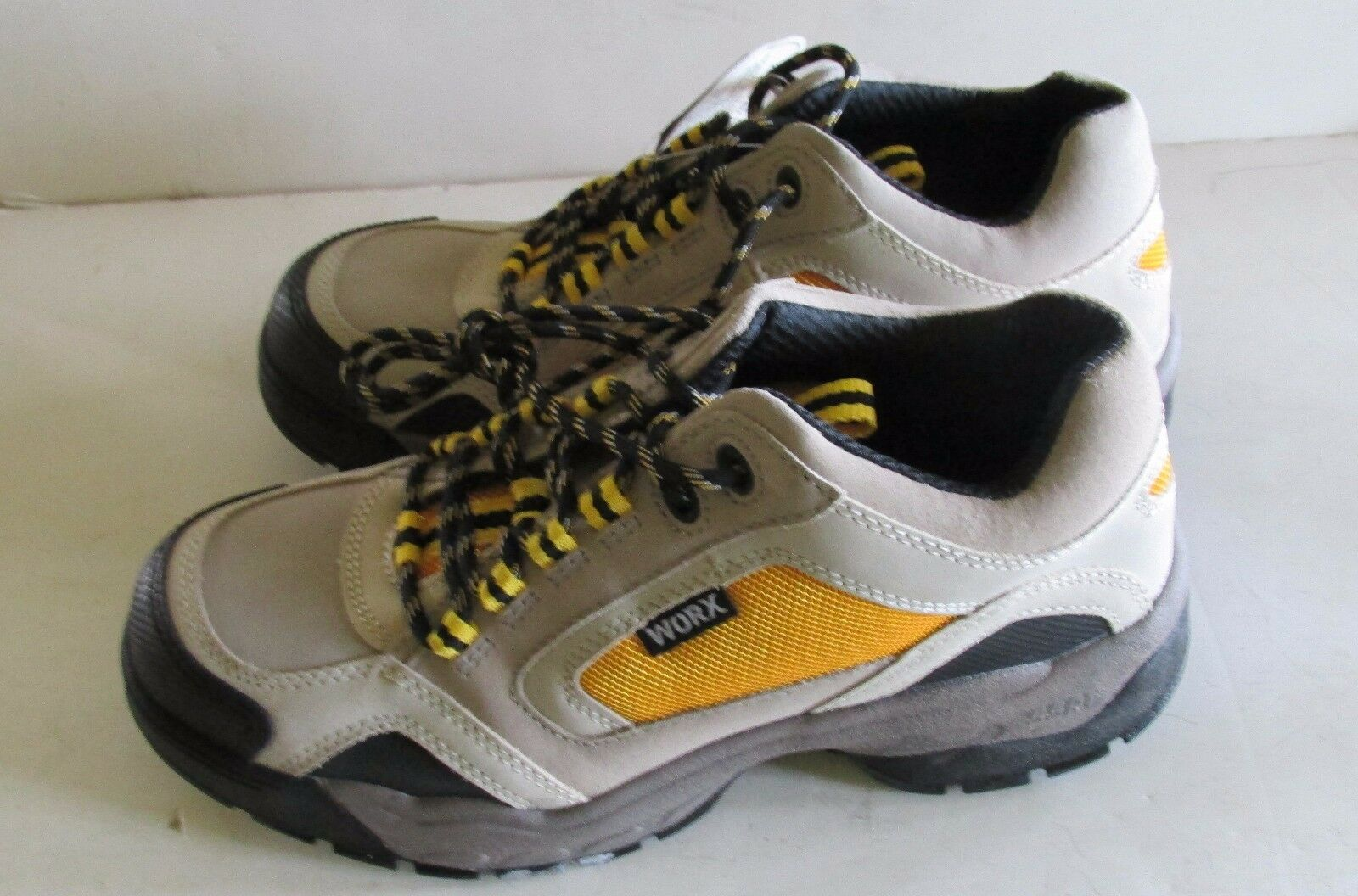 New With Box Women's Sz 7.5 M MEDIUM   WORX Oxfords Sneakers Gray and Yellow
