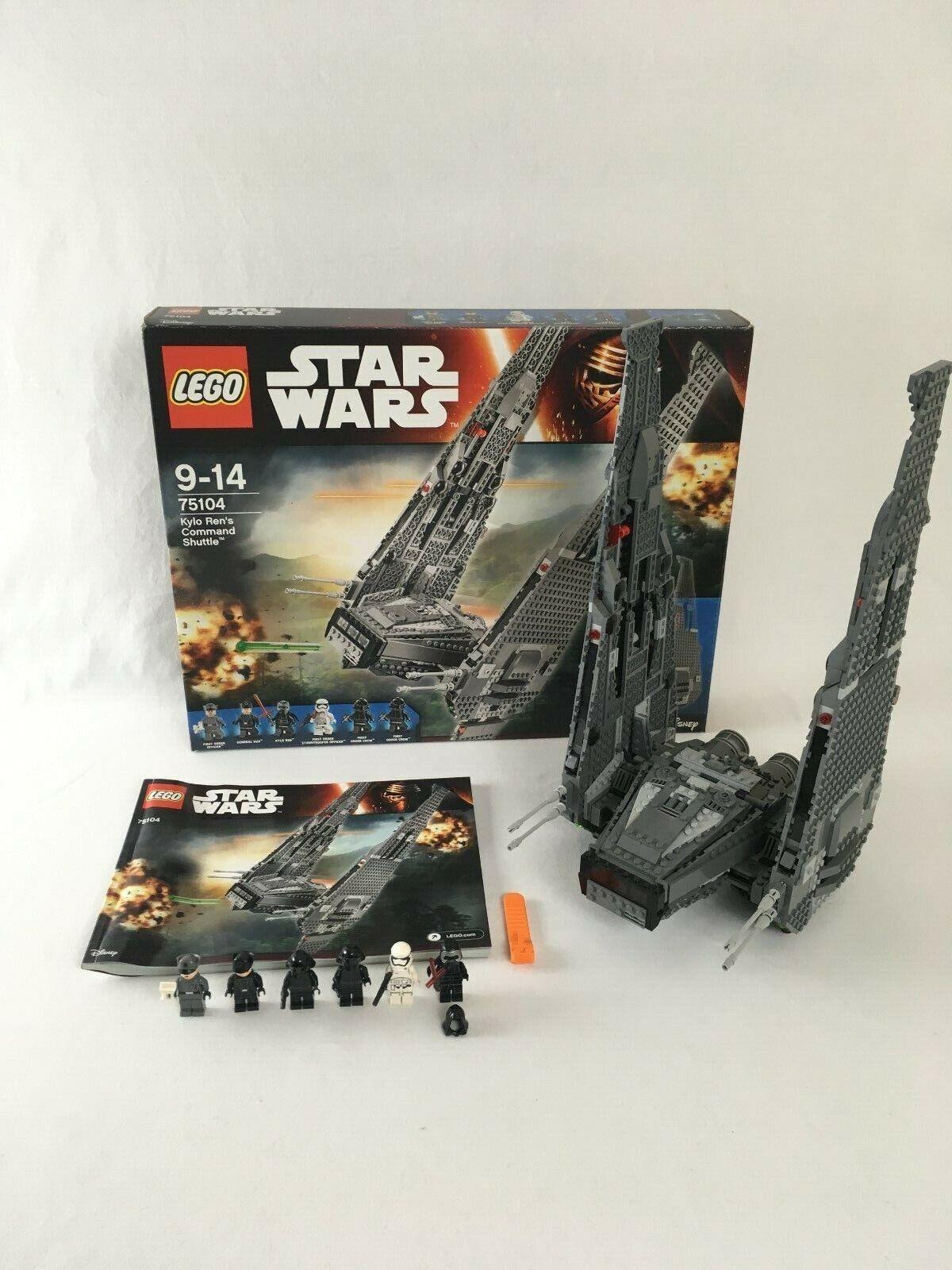 LEGO ® Star Wars 75104 Kylo REN's Command Shuttle
