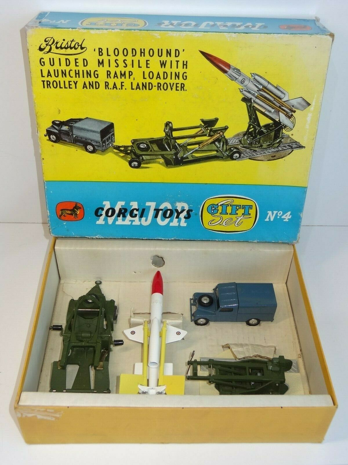 Corgi GS 4 BLOODHOUND GUIDED MISSILE GIFT SET (246)