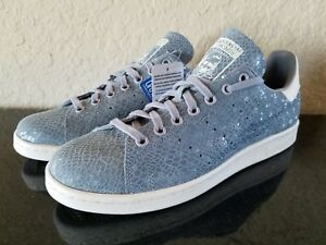 new style e944f 962a3 Details about ADIDAS WOMENS ORIGINALS STAN SMITH SNAKESKIN PRINT LIGHT  ONIX/WHITE