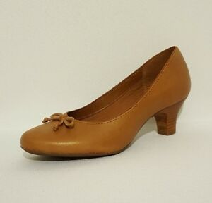47d19791e19 NEW CLARKS ANGEL STAR TAN BROWN LEATHER COURT SHOES KITTEN HEELS ...