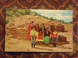 Vintage-Postcard-Indian-Family-On-The-Reservation