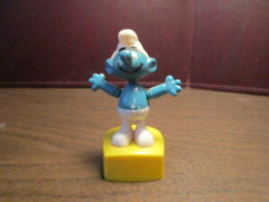 Details about Vintage Smurf String Puppet Push Button - Helm - Hong Kong -  TM