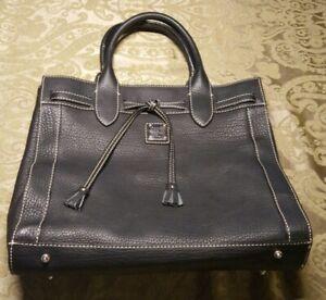 New Authentic Dooney Bourke Hand Bag