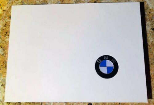 AUTHENTIC NEW BMW CHROME KEY FOB 2GB USB THUMB DRIVE//FLASH MEMORY WITH GIFT BOX