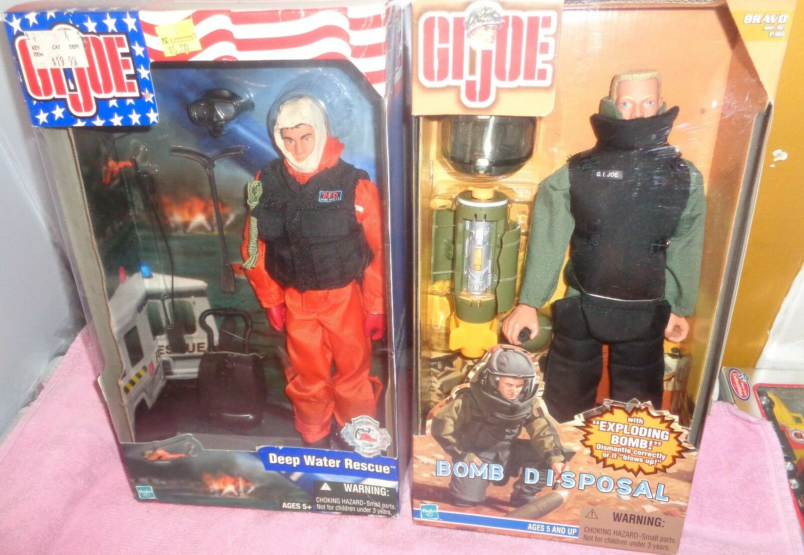 GI Joe 2002 Deep Water Rescue & 1999 Bomb Disposal Action Figure NRFB