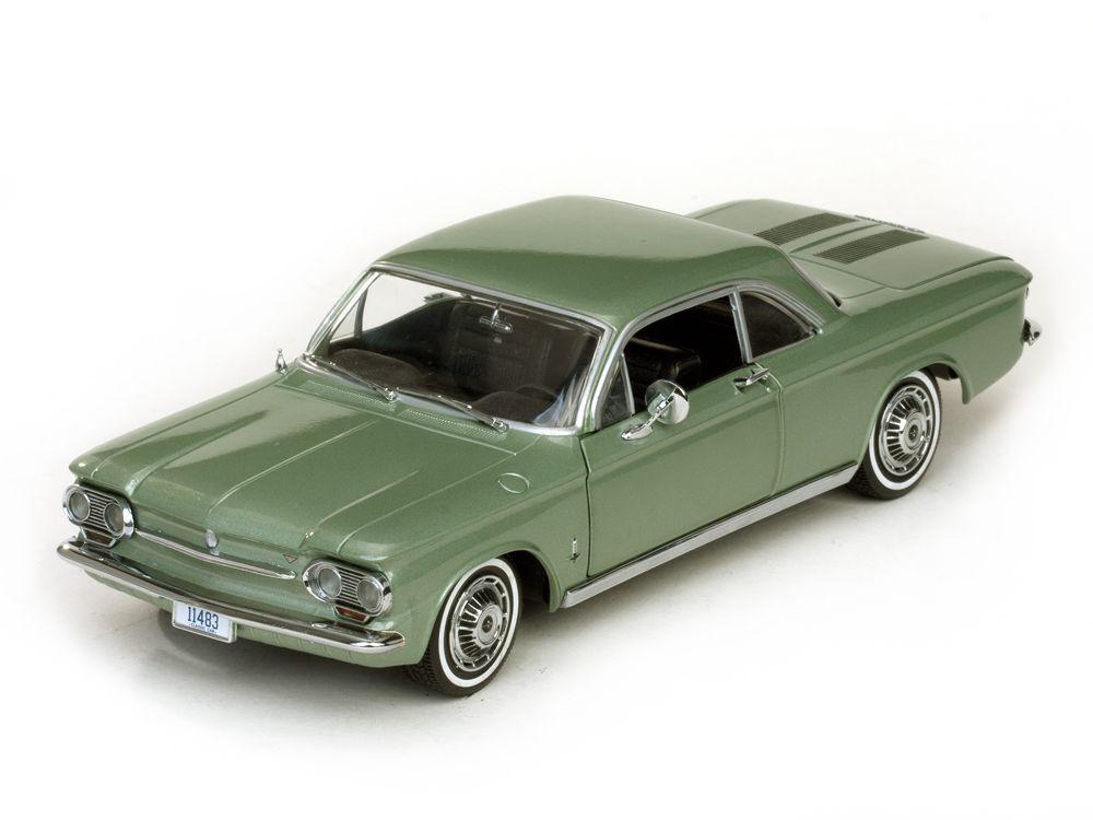 1963 Chevrolet Corvair grön 1 18 Sunstjärna 1483