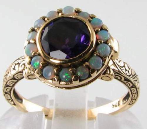 LOVELY 9K GOLD AMETHYST & FIERY OPAL LOCKET POISON RING