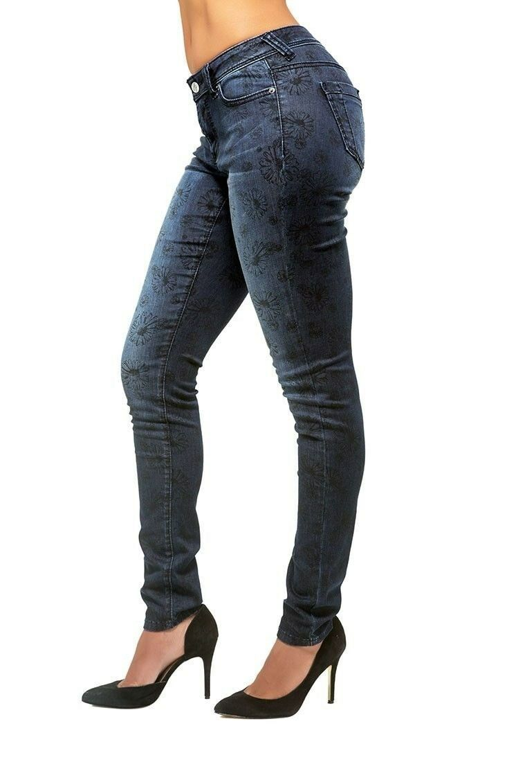 Poetic Justice Womens Curvy Fit Stretch Denim Blasted Daisy Printed Skinny Jeans