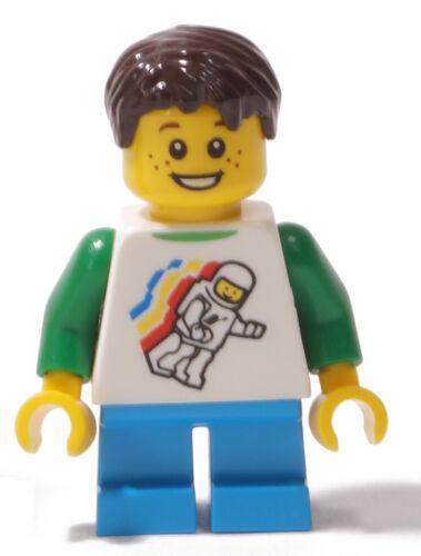 twn264 NEUWARE Kind mit Classic Space Aufdruck aus Set 40228 LEGO Junge