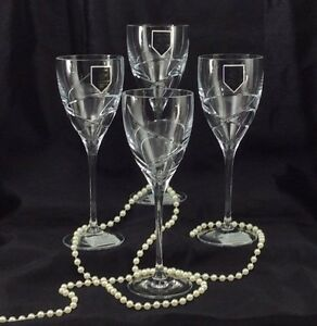 Lenox-Adorn-Crystal-Wine-Glasses-Set-of-4-Cut-Swirls-Smooth-Stem-8-oz-New
