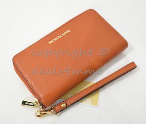 37b1ded7452138 Image is loading NWT-Michael-Kors-Mercer-Large-Leather-Smartphone-Wristlet-