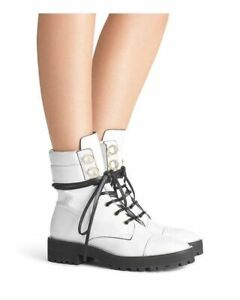 $595 Stuart Weitzman White Lexy Boots