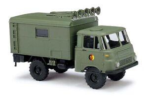 Busch-51654-Robur-Lo-1801-A-Suitcase-Loudspeaker-Car-Nva-Model-1-87-H0
