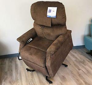 Image is loading Golden-Technologies-MaxiComfort-PR-505-Small-Lift-Chair- & Golden Technologies MaxiComfort PR-505 Small Lift Chair Recliner ... islam-shia.org