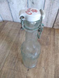 alte-Mineralwasserflasche-Daenische-Wasserflasche-Buegelverschluss-Glasflasche