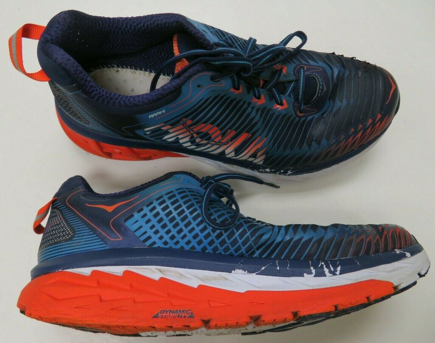 Hoka One One Arahi Mens Running shoes Sz 9.5 bluee Red