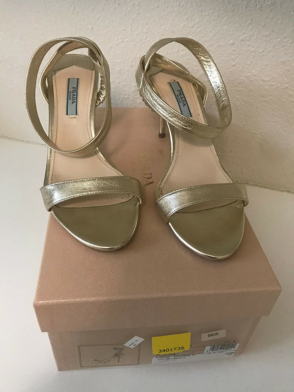 Prada Nappa Silk Pirite oro Ankle Strap Heels w  Box -  Sz 38.5