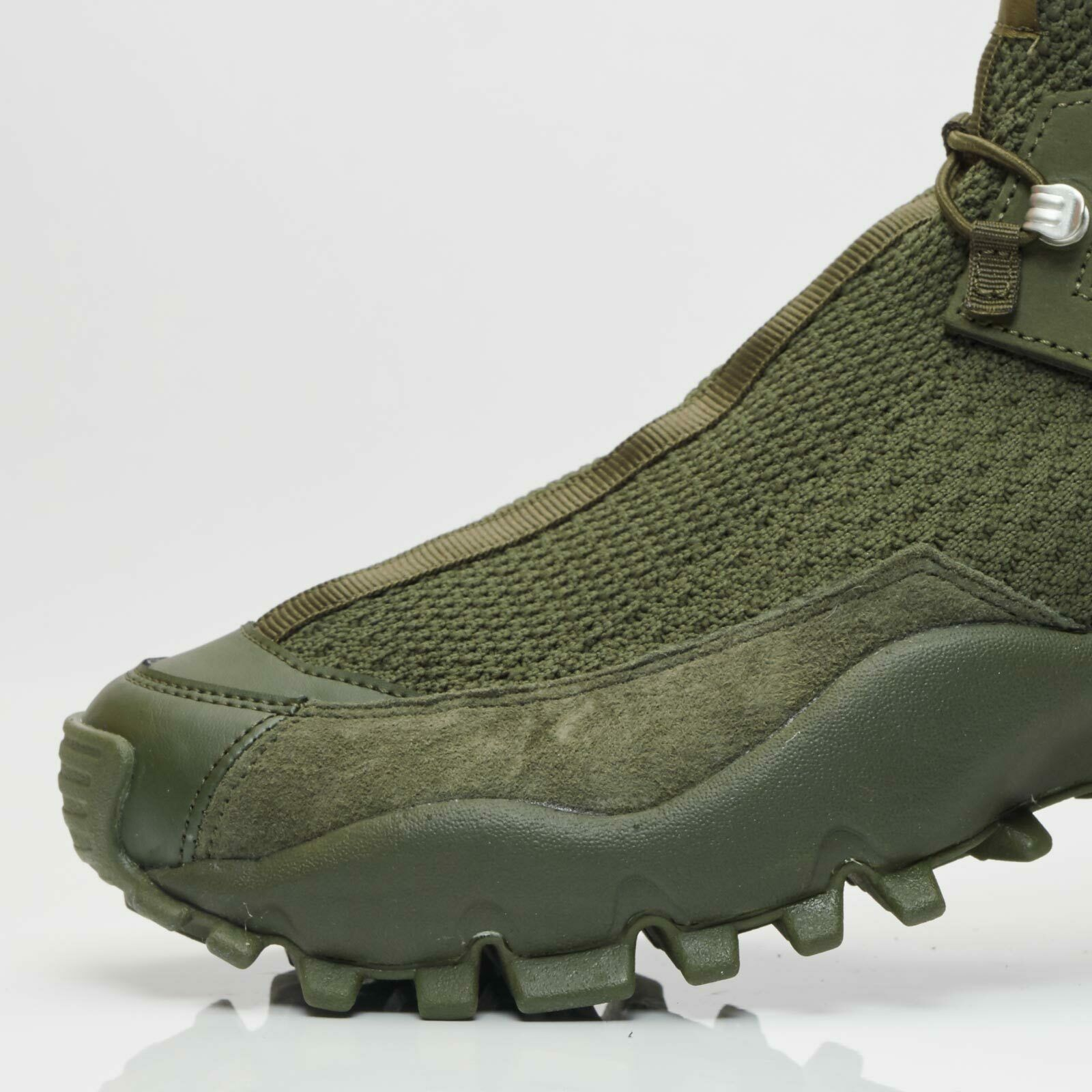 adidas walking boots mens