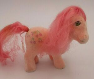 Vintage-G1-My-Little-Pony-So-Soft-Flocked-SS-Cherries-Jubilee-Tootsie-Pose