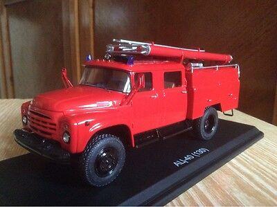 Kit model 1:43 AC-40 130 -163 fire headquarters