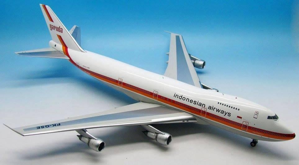 offrendo il 100% Jfox Jf7472002 1 1 1 200 B747-2u3 Garuda Internazionale Pk-Gse con Supporto  economico online