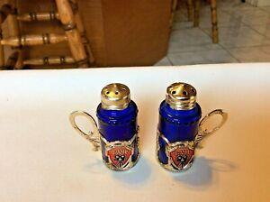 Collectible-Miniature-Cobalt-Blue-Salt-Pepper-Shakers-Universal-Studios-Souvenir