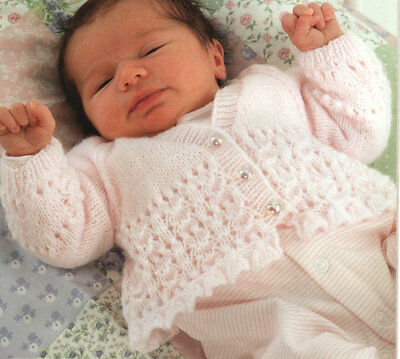 """Pretty Baby Girls Lace Dress in 4ply Knitting Pattern and Picot edge 18-22/"""" 916"""