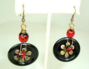 Black-Red-statement-Earring-Danglers-recycled-Vtg-Buttons-unique-handmade-Boho