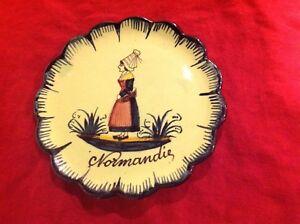 """Small Round quimper pottery plaque Normandie France festonné 5"""" peint à la main GRN-afficher le titre d`origine sAO4hEpS-09085122-923935380"""