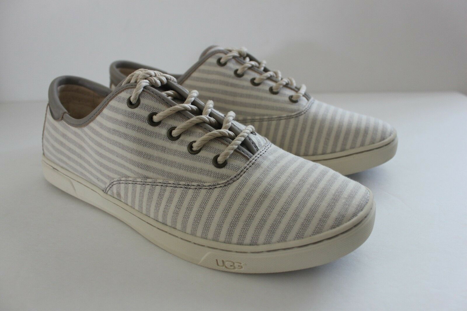 Ugg Australia Eyan II Nautical Striped Oyster Sneakers Shoe Women's Size 11 NIB