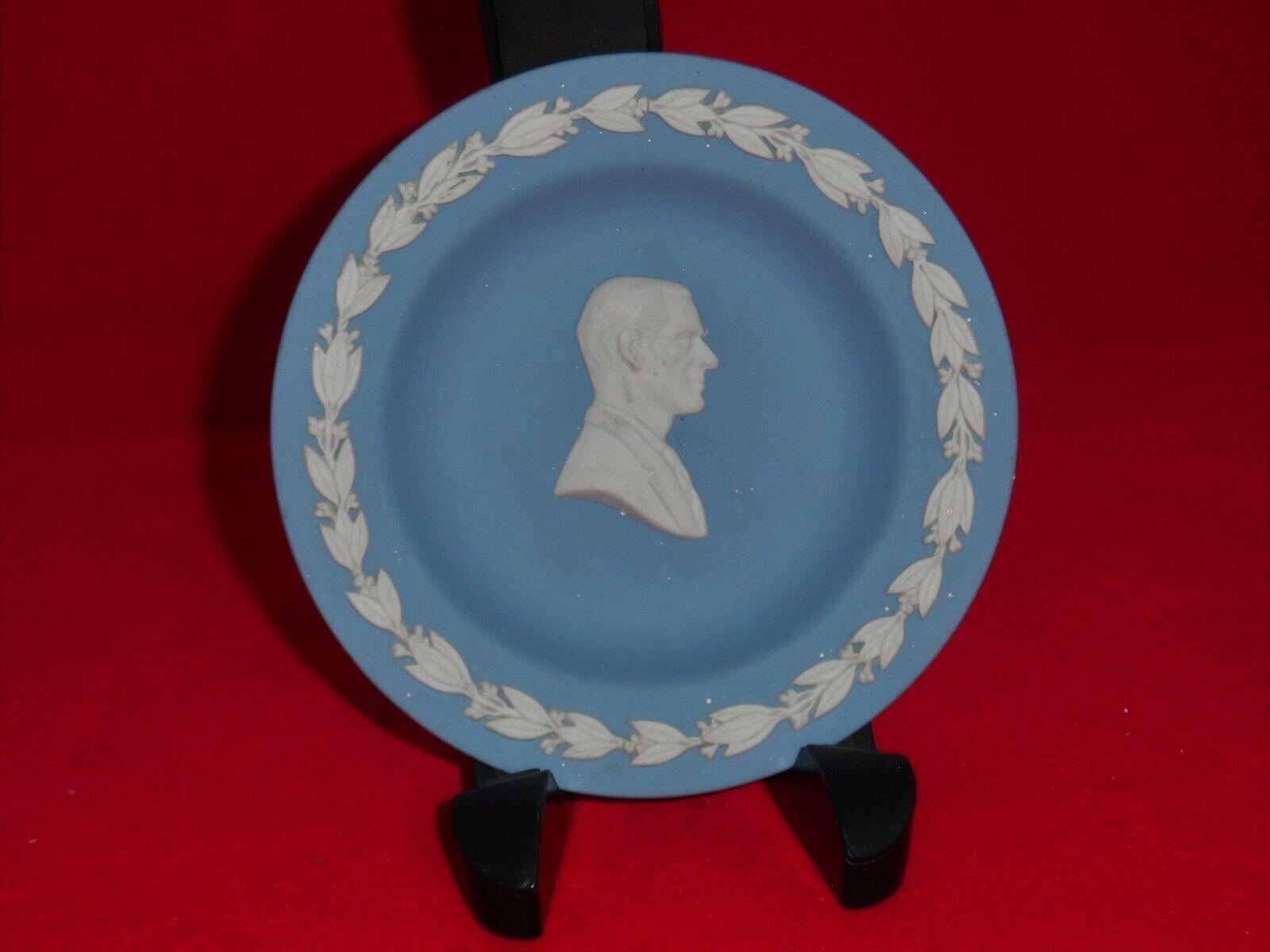 Image 1 - Wedgwood blue jasperware pin / trinket dish Duke of Edinburgh in cameo