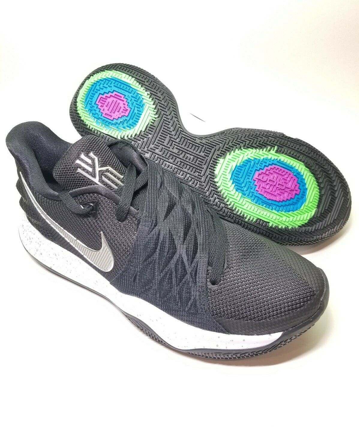 info for fe325 96581 Nike Kyrie 4 Low Low Low Basketball black mettalic silver 5855af