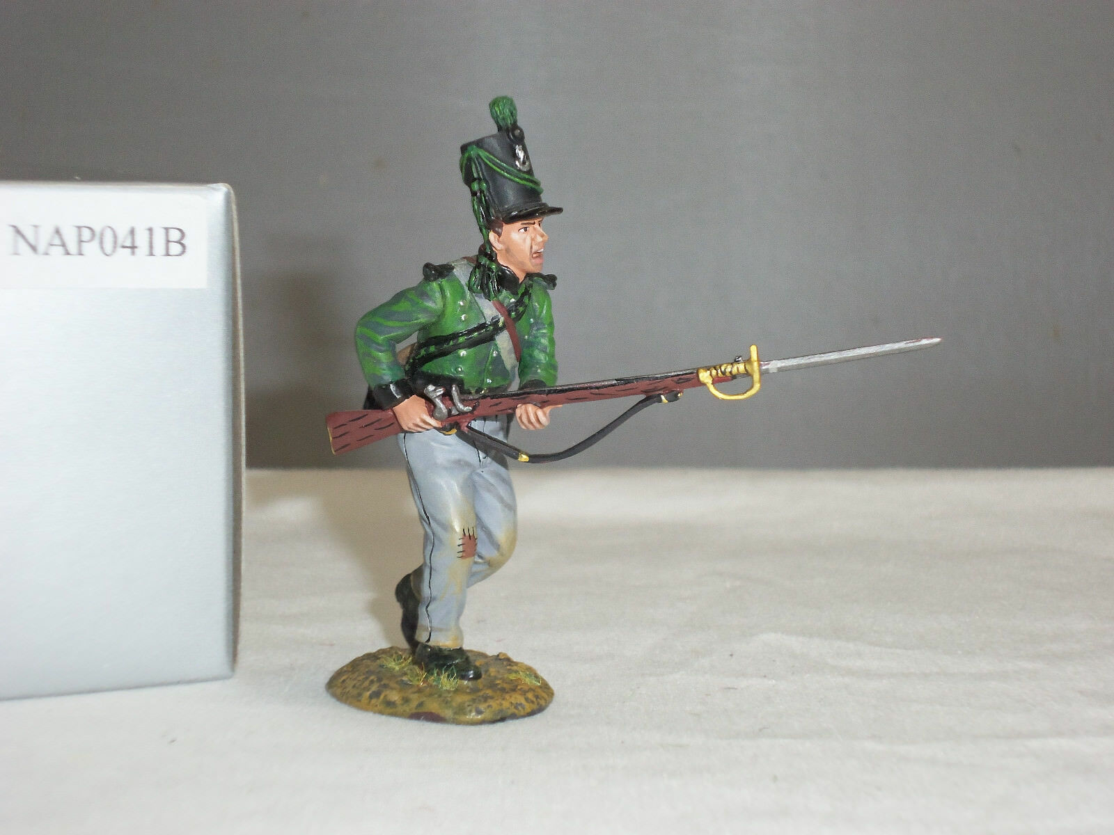 THOMAS GUNN NAP041B BRITISH KINGS GERMAN LEGION CHARGING NO.1 METAL TOY SOLDIER